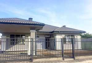 3 комн Коттедж/дом в Борисполе, 8 соток земли.Под чистовую отделку