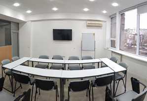 35м2 новый конференц зал м. Левобережная Сверстюка 11Б